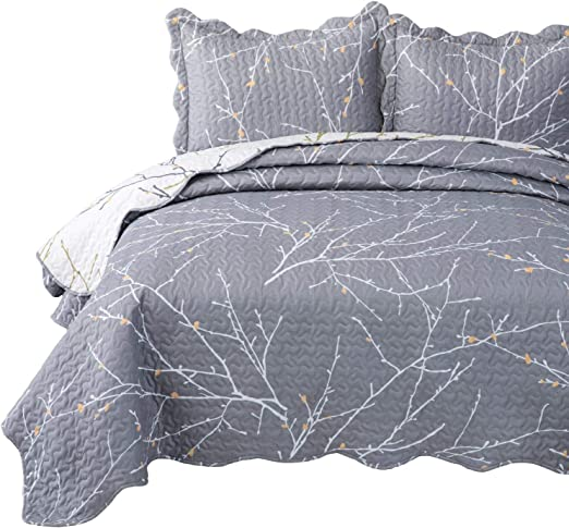 Tree Quilted Coverlet /& Pillow Shams Set Branches with Leaves Buds Print