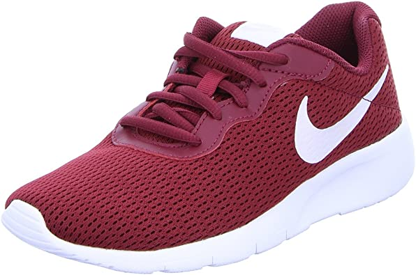 nike low top trainers