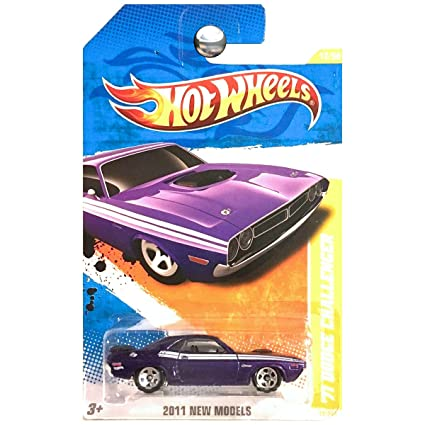 Amazon Com Hot Wheels 2011 012 New Models 71 Dodge Challenger 1 64