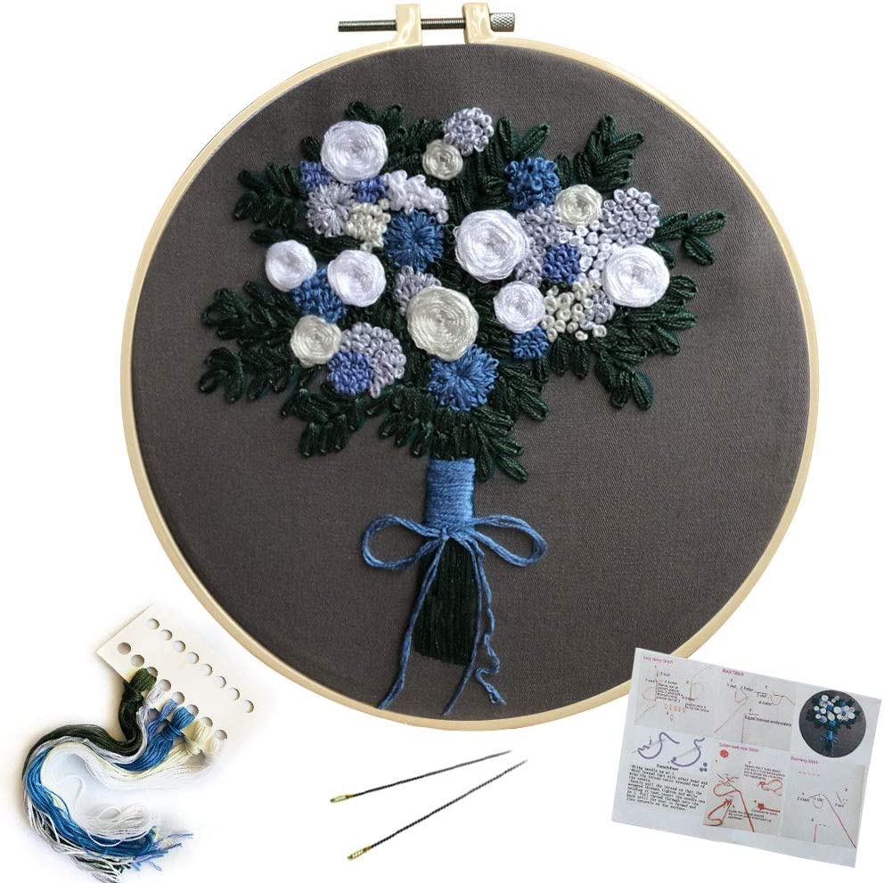 SUNTQ Embroidery Kit for Beginners Adults Cross Stitch Kit Hand Embroidery Starter Kit with Patterned Embroidery Cloth Hoop Thread Floss Craft Project Christmas Tree