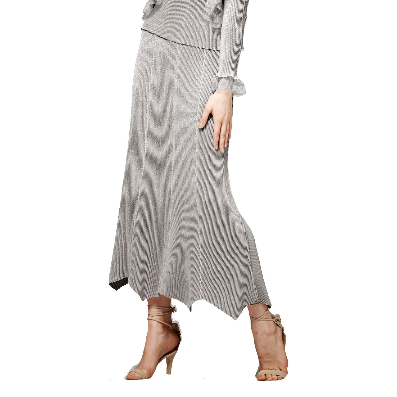 SPECCHIO PLEATS Women's Graceful Silhouette 8-Gore Flare Skirt One size Grey by SPECCHIO PLEATS