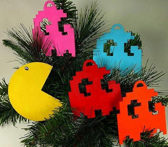 Amazon.com  Pac-Man Ornament Set  49b02725b6f6