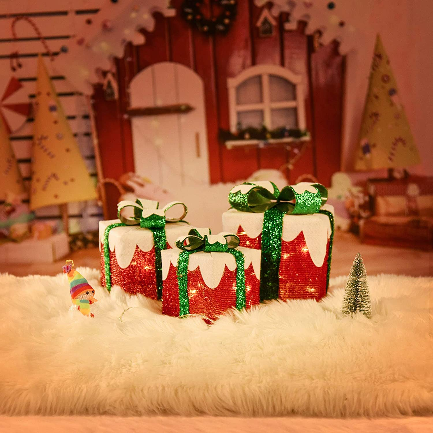 Set of 3 Christmas Lighted Gift Boxes, 60 LED Pre-lit Light Up Indoor Outdoor Pathway Present Box for Holiday Decor