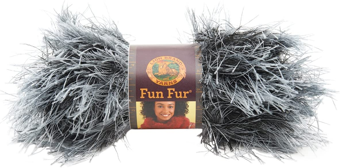 UVA Lion Brand Yarn Company 1 Pieza Hilo Fun Fur