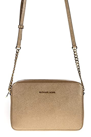 5f2da9e90668 MICHAEL Michael Kors Women's Jet Set Metallic Cross Body Bag, Pale Gold,  One Size: Handbags: Amazon.com