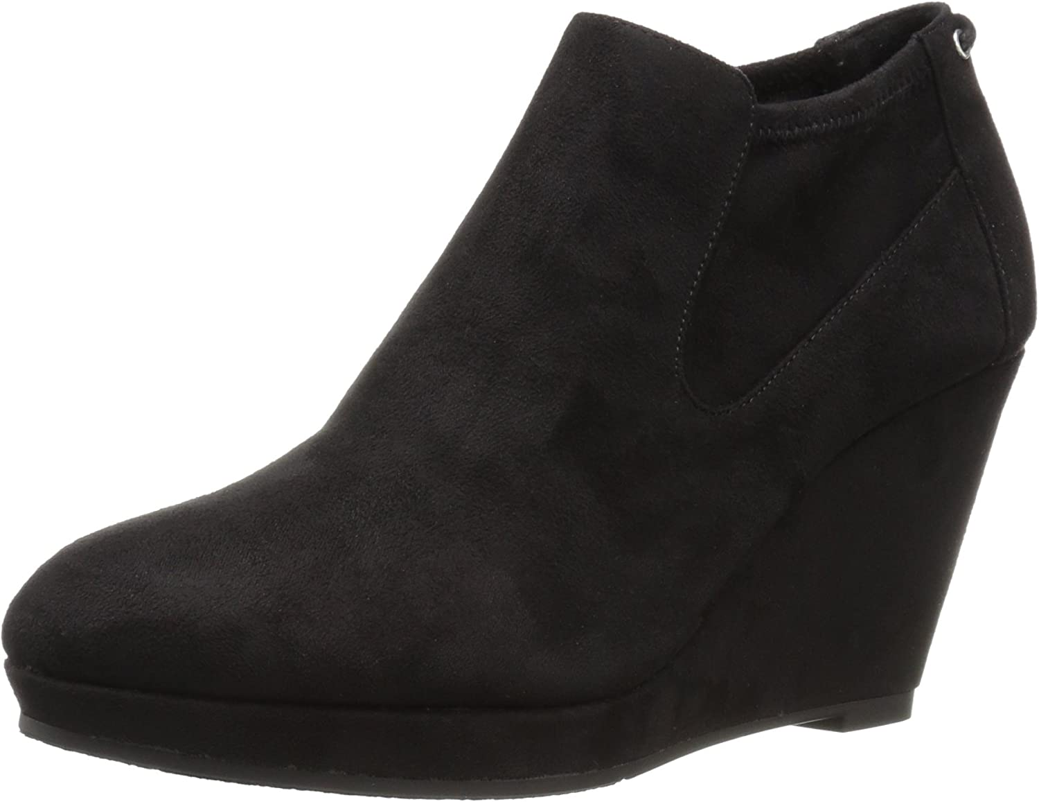 CL by Chinese Laundry Women's Varina Ankle Bootie