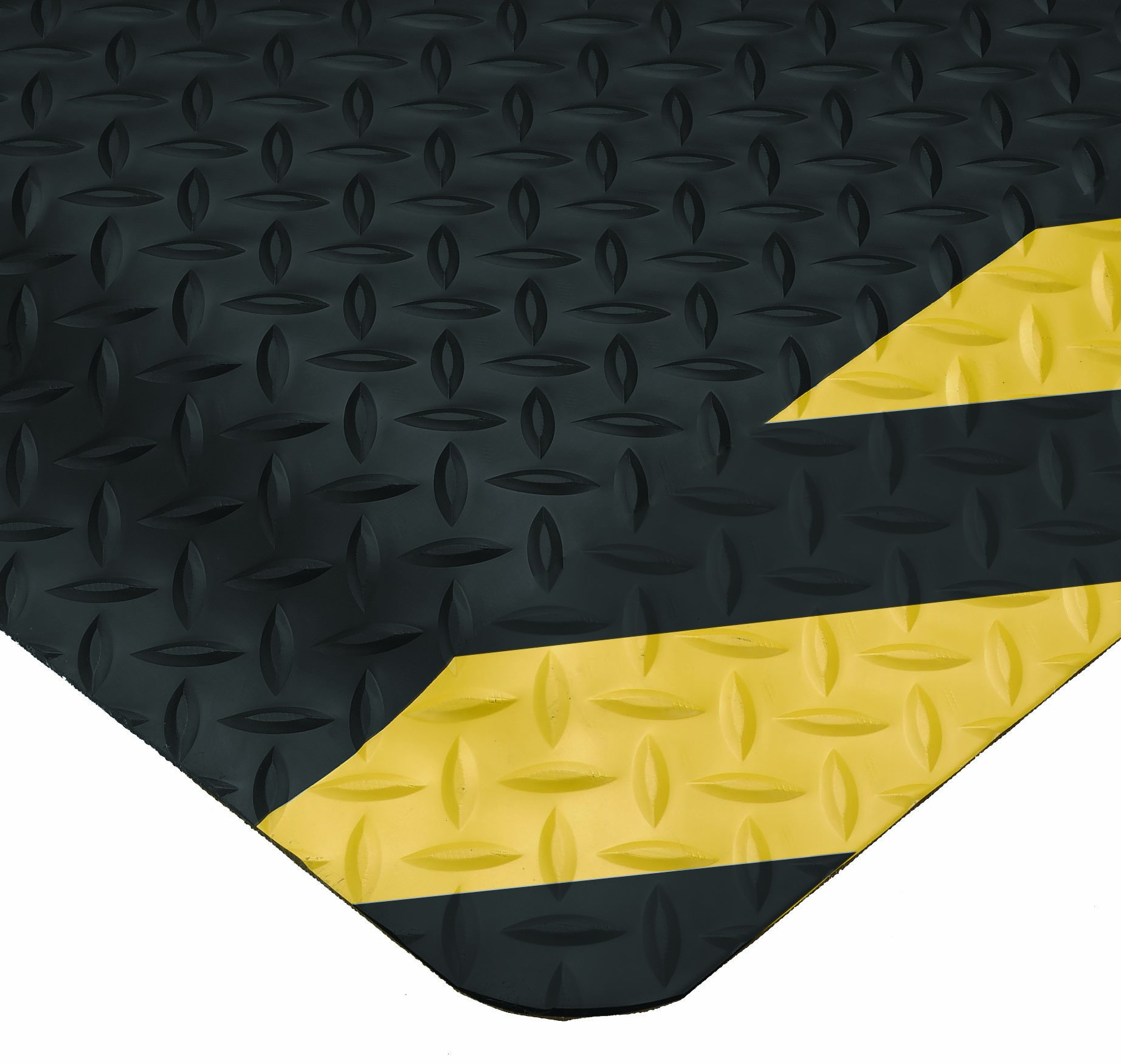 Wearwell 414.1516x2x3CHV Diamond-Plate SpongeCote Ultrasoft Mat, 2' Width x 3' Length x 15/16'''' Thickness, Black/Chevron
