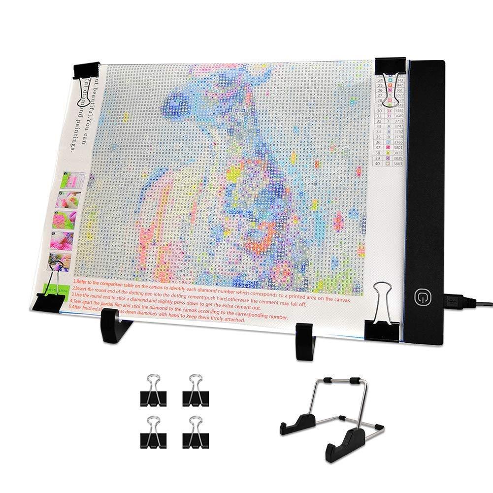 JUSONEY LED Pad per Diamond Painting, A4 Scatola luminosa LED di strass Ricamo USB LED Tracing per artisti Disegno Sketching Animazione Progettazione Stencil con supporto e clip rimovibili