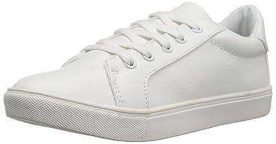 b01367bffb508 Betsey Johnson Women's Boom Fashion Sneaker