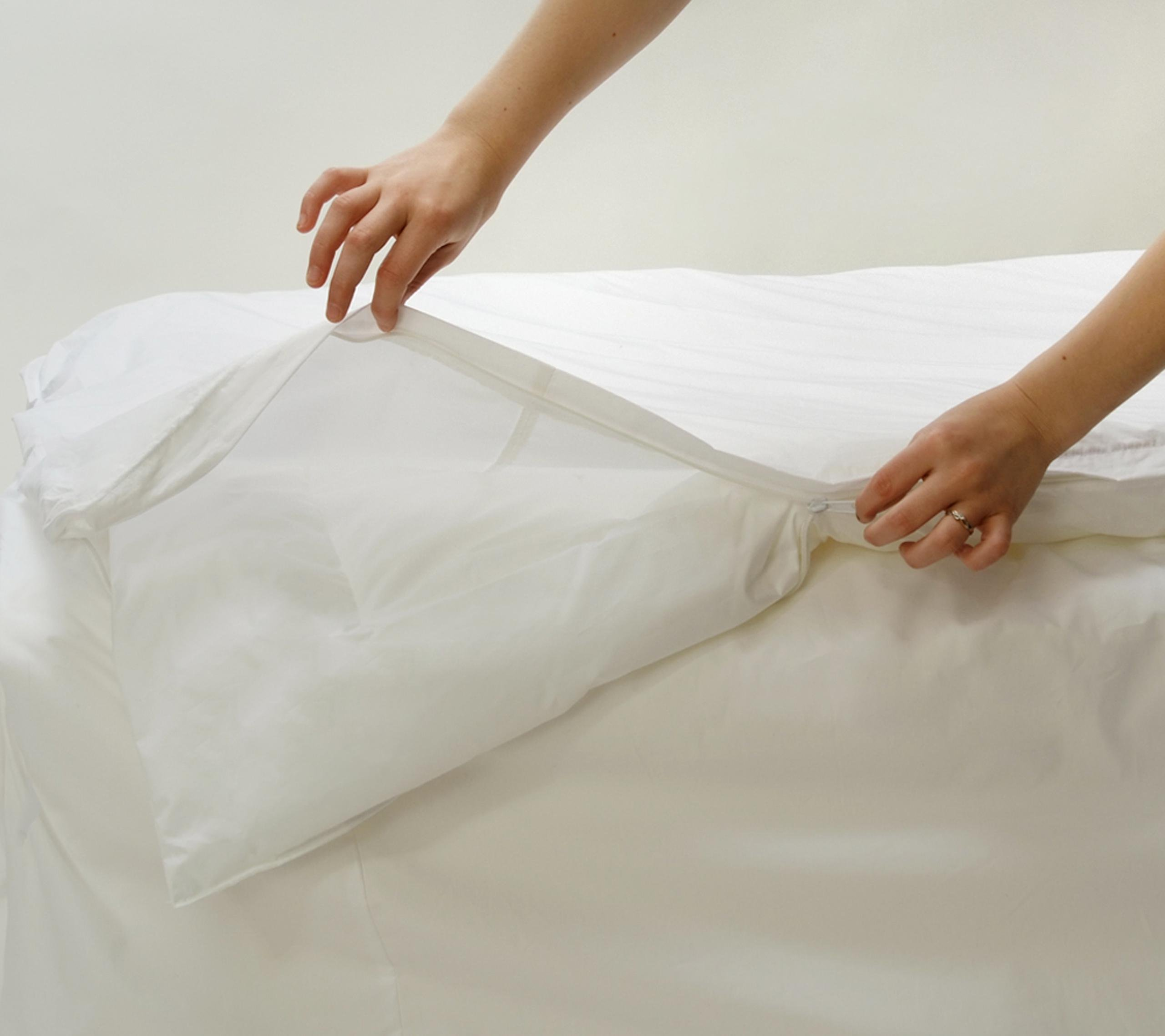 Stretch Knit Polyester Bed Bug & Dust Mite Control King Duvet Cover