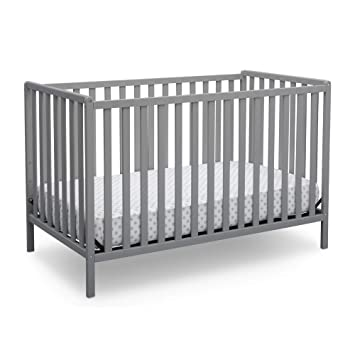 Amazon Com Delta Children Heartland 4 In 1 Convertible Crib Grey Baby
