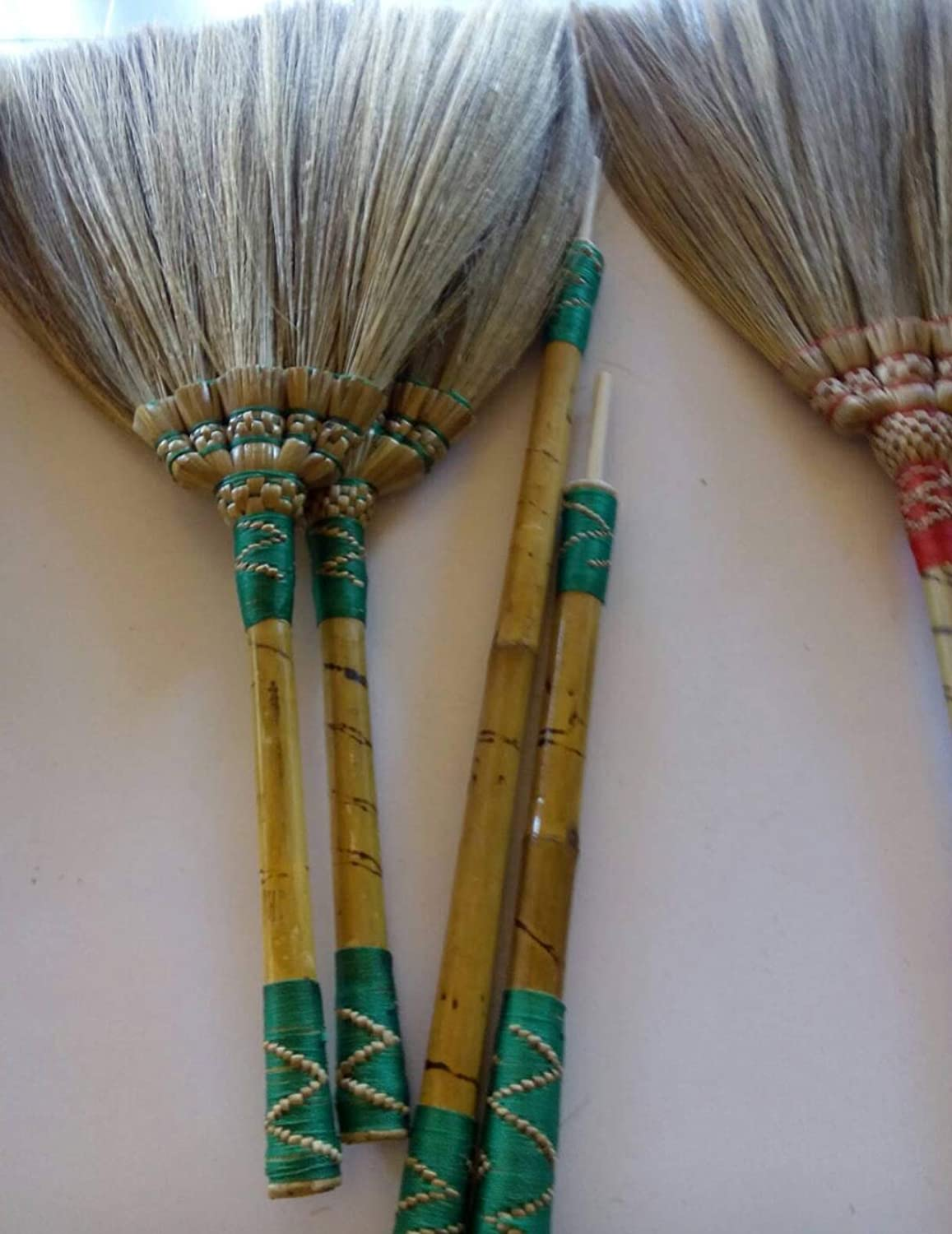 2 in 1 Natural Grass Broom Dustpan Vintage Style Thai Broom Broomstick Bamboo Stick Handle Witch Broom Handmade Broom Housewarming Gift Tradition Thailand SKENNOVA