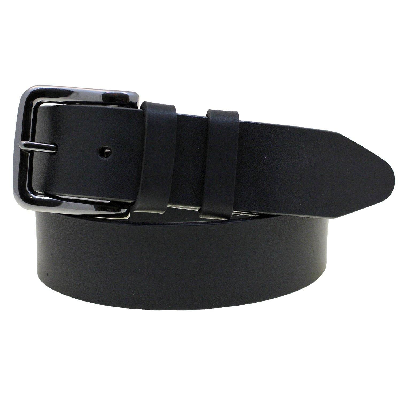 f17f2987871 Mens 1 1 2 Plain Black Latigo Leather Belt Black Buckle Made In America  Size 56 at Amazon Men s Clothing store  Apparel Belts