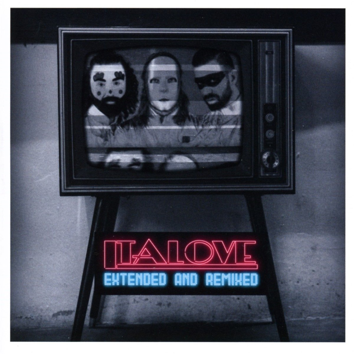 CD : Italove - Extended & Remixed (United Kingdom - Import)