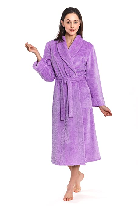 a1b94f0e13 Cozy   Curious Women s Long Flower Design Royal Plush Robe (Lavender ...