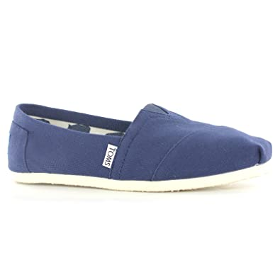 2025da92f6a Image Unavailable. Image not available for. Color  Toms Classic Canvas Navy  Womens Shoes ...