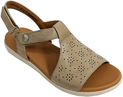 60f8df3cb9d Image Unavailable. Image not available for. Color  CLARKS Women s Un Reisel  Mae Sage Leather 7 B US