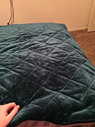 Amazon.com: Northpoint Baroque Quilted Berber Reversible Throw Blanket