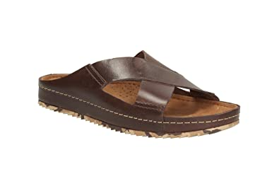 3695a85de836 Clarks Mens Casual Netrix Cross Leather Sandals In Brown  Amazon.co ...