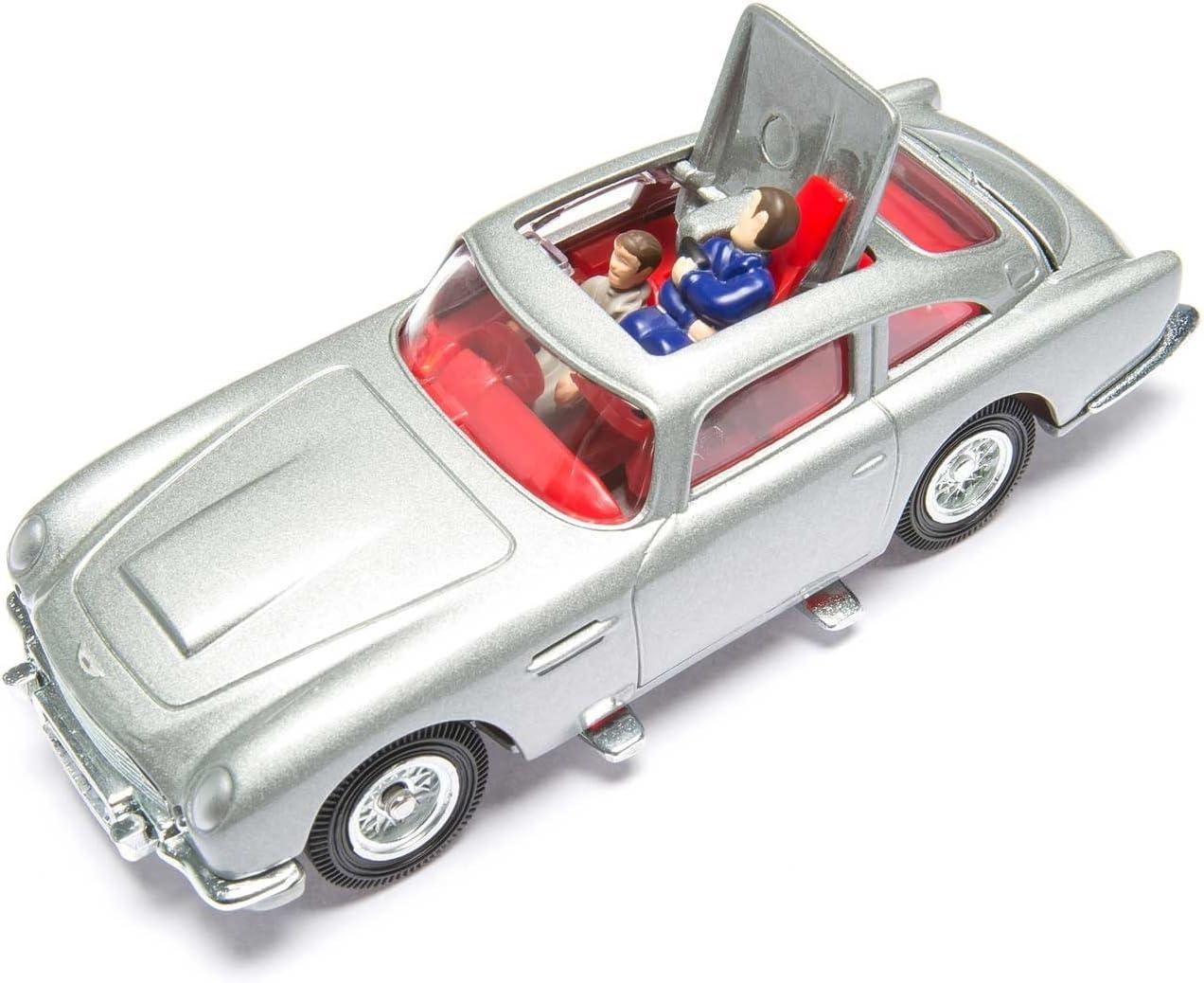 Corgi James Bond Aston Martin Db5 Silver Goldfinger 50th Anniversary Cc04203 Amazon Co Uk Toys Games