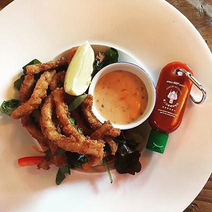 Mini Botella tamaño llavero para salsa picante Sriracha - Botellita de bolsillo para salsa Sriracha - Lleva contigo salsa picante a donde sea que vayas (Se ...