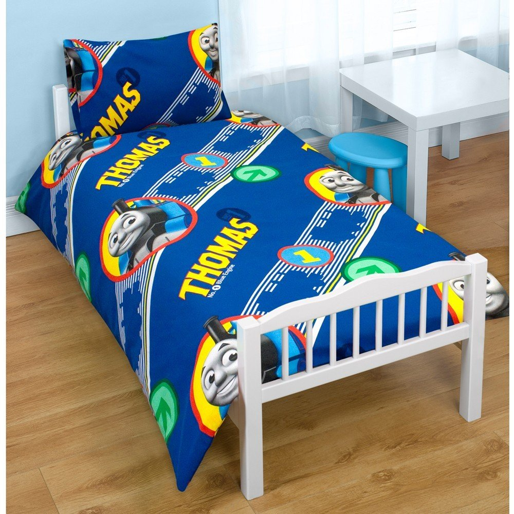 Thomas & Friends 'Engine' Junior Rotary Duvet Set: Amazon.co.uk ... : thomas single bed quilt cover - Adamdwight.com