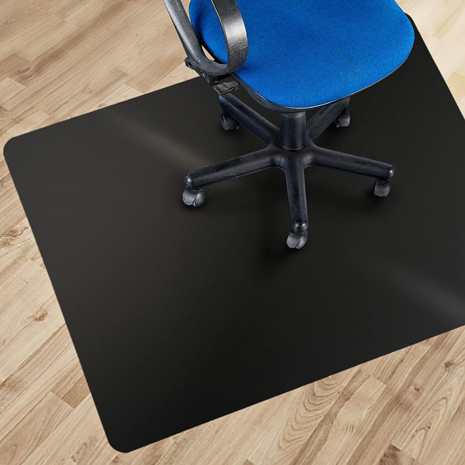 amazon com office marshal black polycarbonate office chair mat