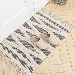 Moroccan Bathroom Rugs, Small Fringe Rug, Tribal Rug 2'x3', Woven Boho Bath Mat Tassels