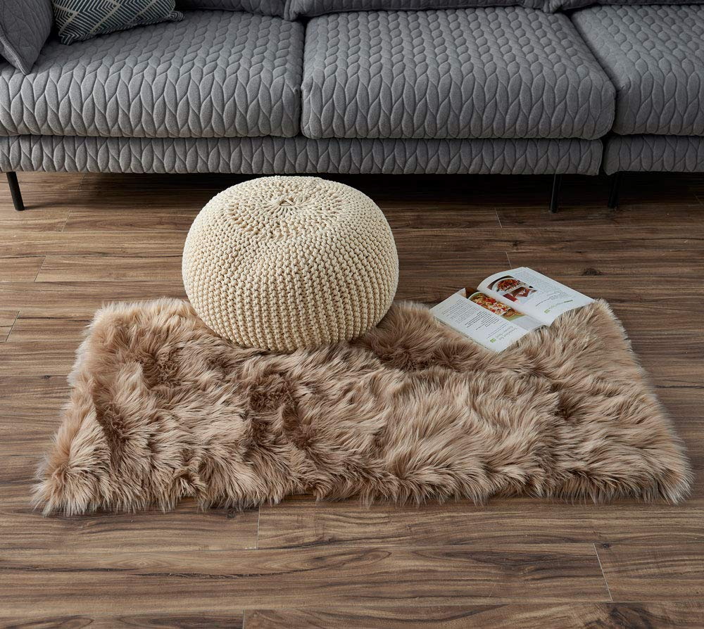 LEEVAN Rectangle Sheepskin Rug Supersoft Fluffy Area Rug Shaggy Silky Throw Rug Floor Mat 2 ft x 4 ft, Grey