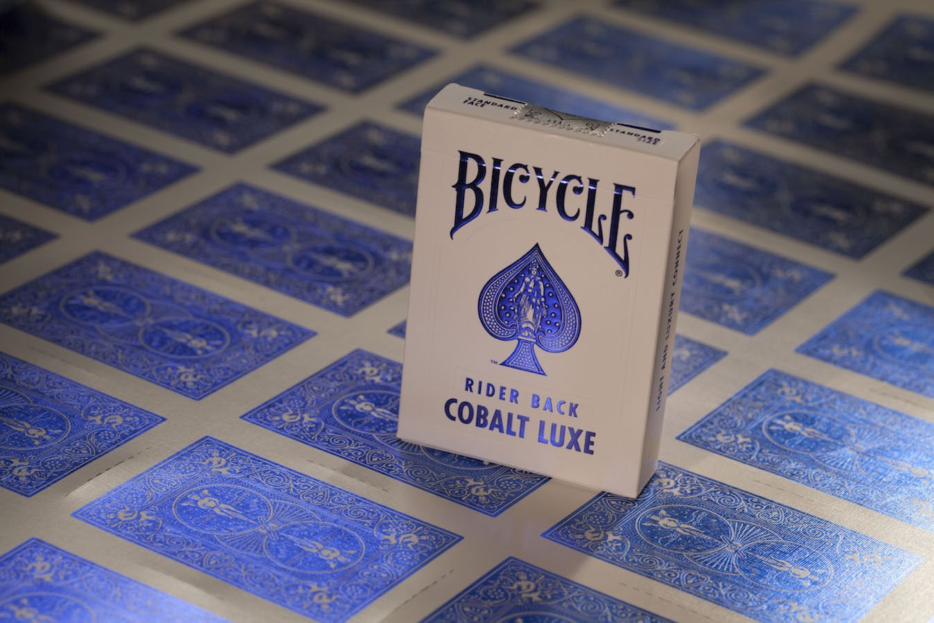 -ITEM#: G15//uiF982A24303 Generic SG/_B01GZGPM9G/_US Ship from USA 2 Pack one each color MetalLuxe Crimson and Cobalt Bicycle Playing Cards