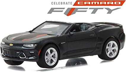 2017 Camaro 50th Anniversary >> Greenlight 1 64 Anniversary Series 4 2017 Chevrolet Camaro 50th Edition