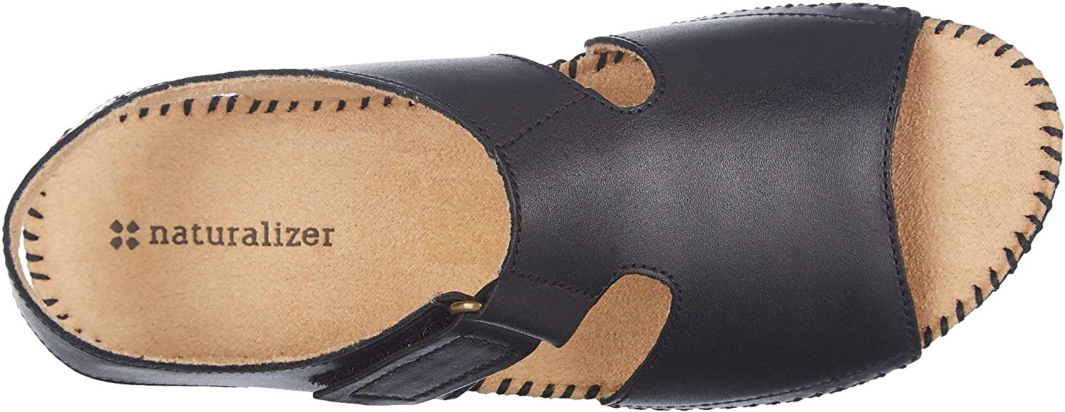 Amazon.com | Naturalizer Womens Scout II Sandals | Flats