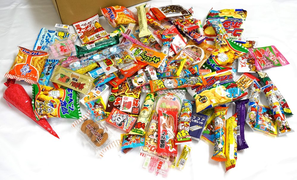 "Assorted Japanese Junk Food Snack ""Dagashi"" Boxful of 95 Packs of 55 Types"