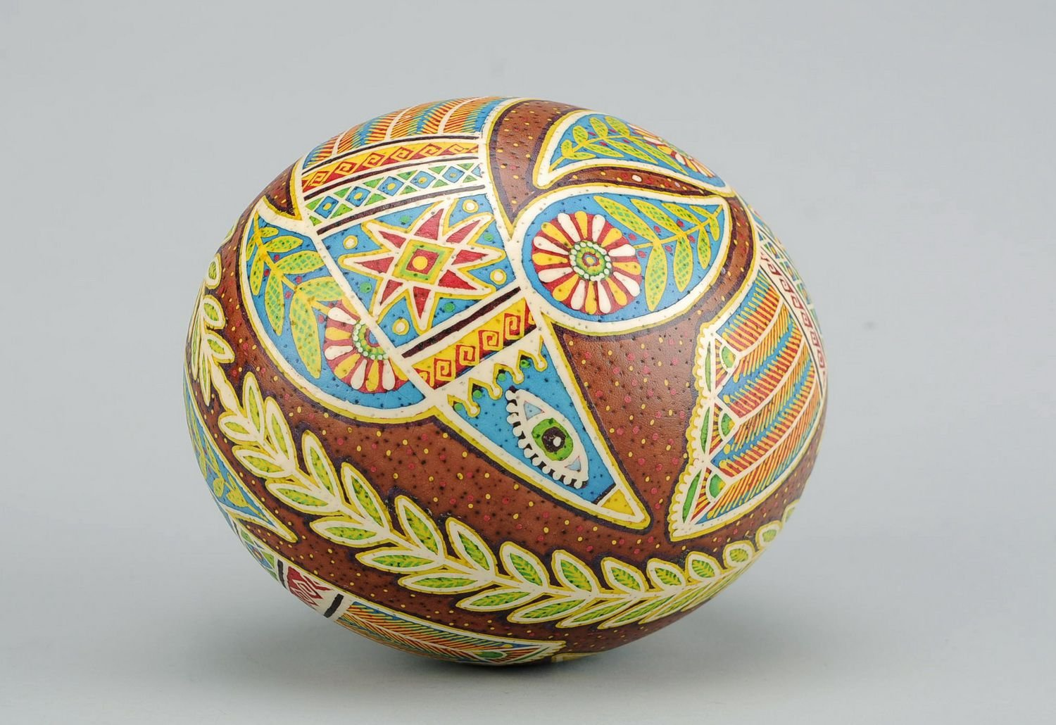 Painted Handmade Easter Egg ''Dance of Love'' Holiday Decoration by MadeHeart   Buy handmade goods (Image #4)