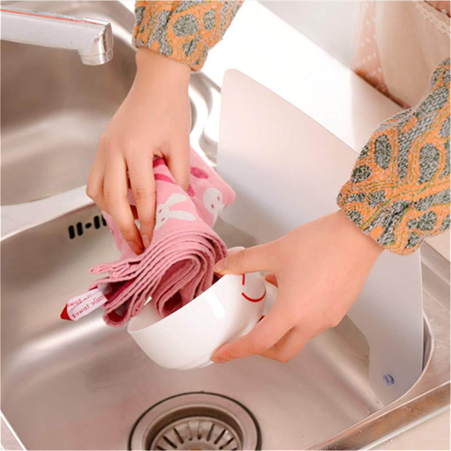 LJSLYJ Splash Guard Sink with Suction Cups for Kitchen Water Washing Practical DIY Baffle Approx