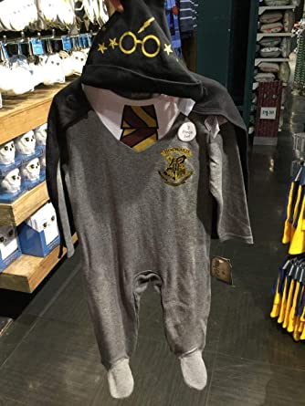 fb4facdaa HARRY POTTER Baby Clothes Sleepsuit Hat Primark (HOGWARTS SCHOOL SLEEPSUIT  / 3-6 MONTHS): Amazon.co.uk: Clothing