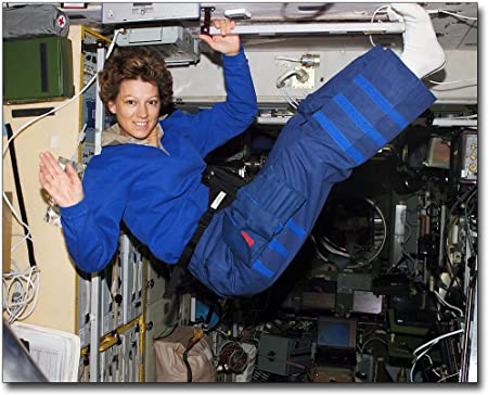 SPACE SHUTTLE COMMANDER EILEEN COLLINS 8x10 PHOTO NASA