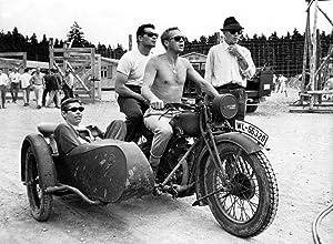Posterazzi EVCMBDGRESEC009 The Escape, Coburn, James Garner, Steve McQueen, John Sturges, 1963 Photo Print, 8 x 10, Multi