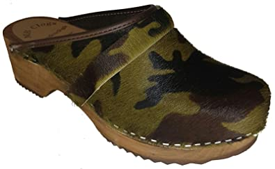 MB Clogs Original Schwedenclogs Fell clogs in Camouflage Optik mit brauner Sohle