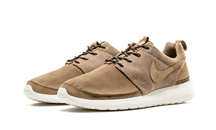 huge selection of 2c4c7 abae7 Amazon.com  NIKE Roshe Run RPM NRG Khaki Sail (580566-220) (11 D(M) US)   Fashion Sneakers