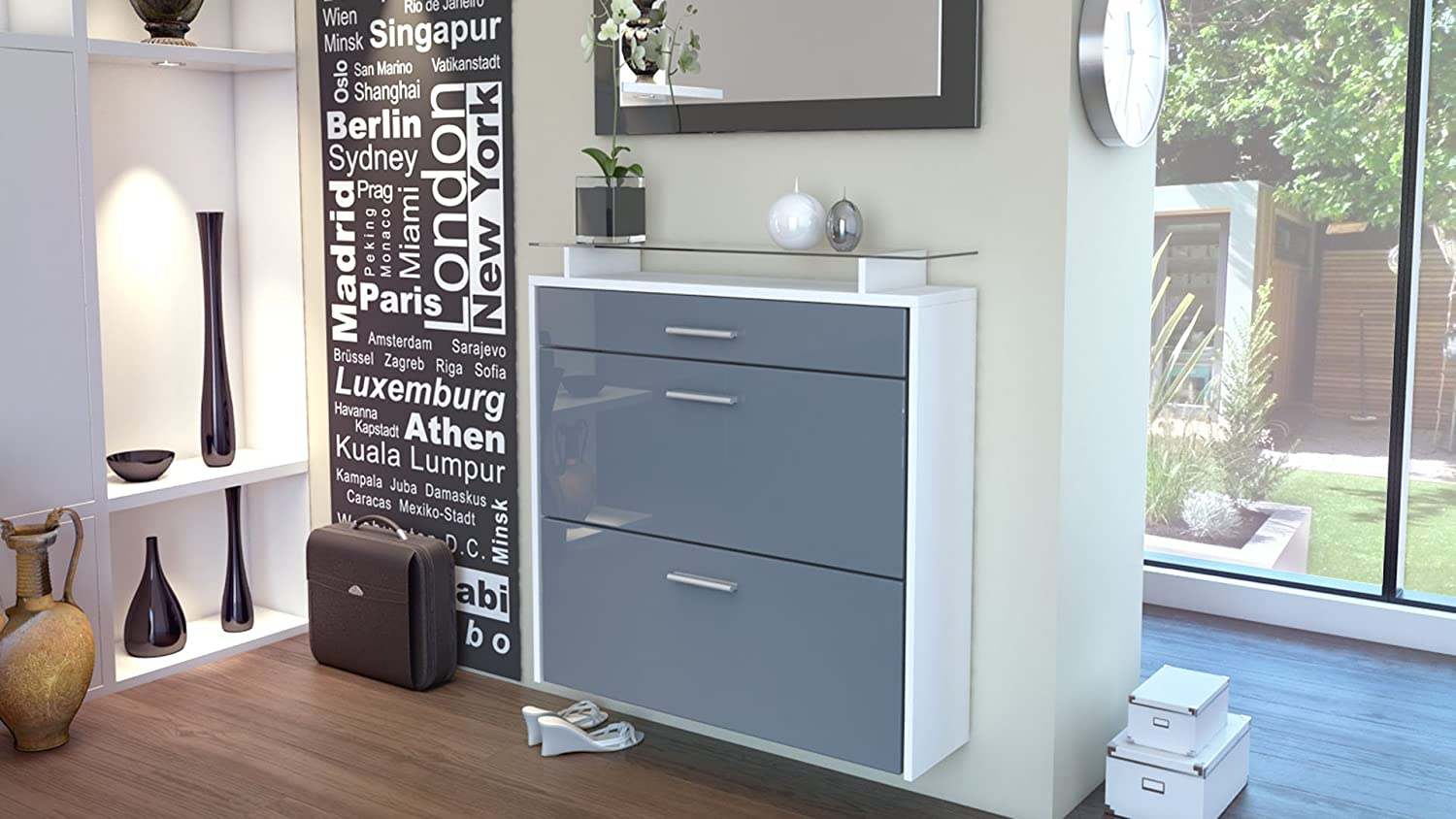 simple meuble chaussures suspendu malea corps en blanc mat faades en gris haute brillance vladon. Black Bedroom Furniture Sets. Home Design Ideas
