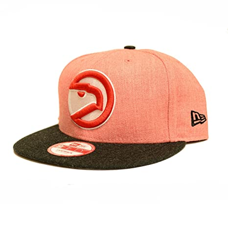 reputable site 3e4d2 772f6 New Era Mens Heather Act Snapback Hat (Medium-Large, Atlanta Hawks)