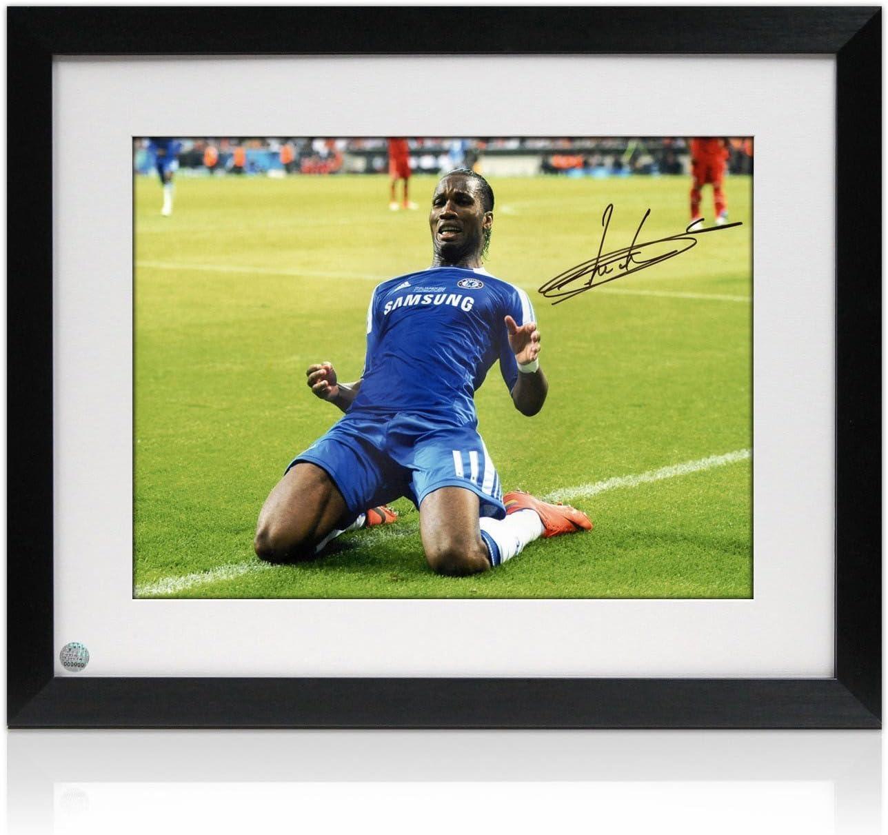Enmarcado Didier Drogba del Chelsea Football Foto: celebración ...