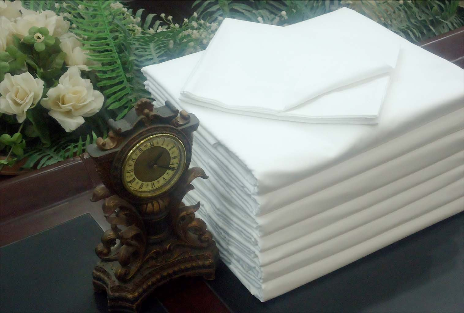Lot of 12 New White King XL Flat Bed Sheet T-180 Percale Hotel Linen (Available in Bulk/Dozens)