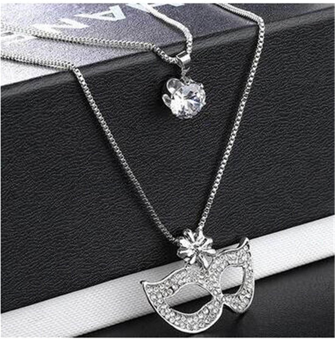 Tmrow 1pc Rhinestone Crystal Sweater Chain Fox Masquerade Mask Pendant Necklace