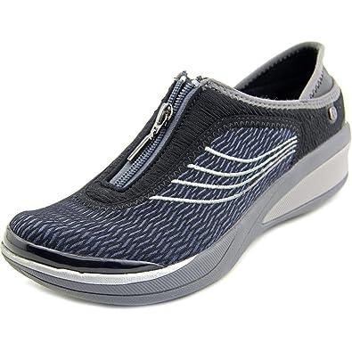 Bzees by Naturalizer Fancy Zip Shoes, Black, 6 Medium