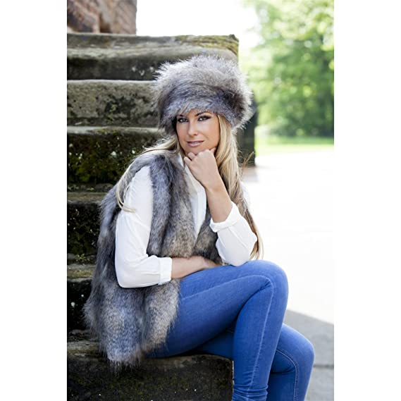 0e4bb509a Faux Fur Russian Style Hat & Gilet - Wolf Grey: Amazon.co.uk: Clothing