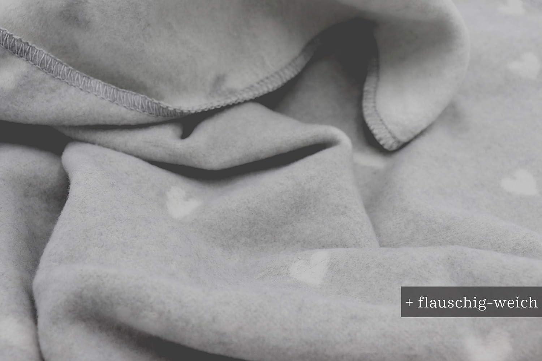 """biederlack/® flauschig-weiche Baby-Decke I Made in Germany I /Öko-Tex Standard 100 I nachhaltig produziert I Schmuse-Decke /""""Love/"""" aus Baumwolle in grau mit Herzchen I Erstlingsdecke in 75x100 cm"""
