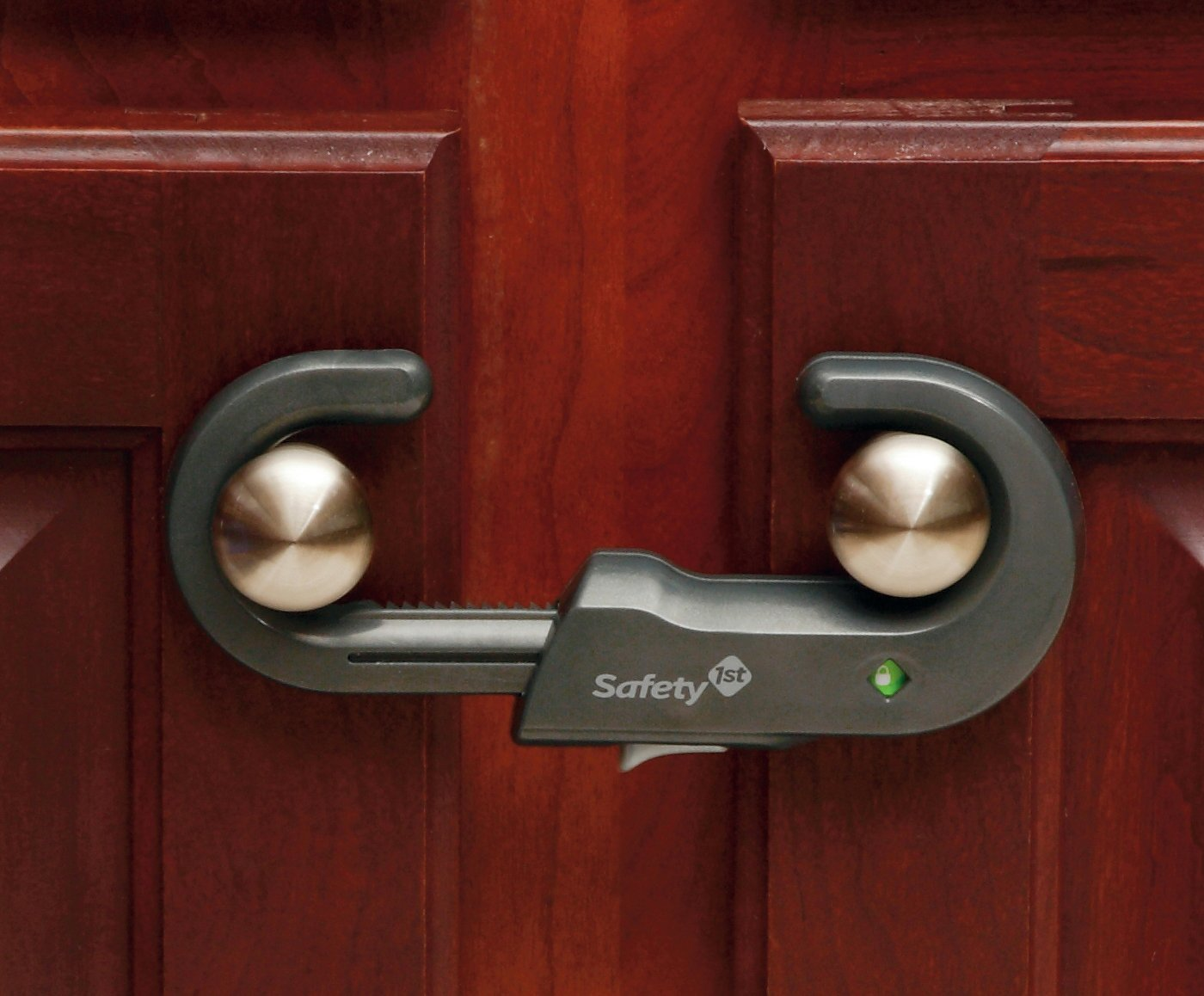 Safety 1st Cabinet Lock Amazoncom Safety 1st Grip N Go Cabinet Lock Decor 2 Count Baby