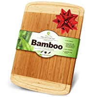 Kitchen Heroes - Planche à découper en bambou 100% bio - Taille extra large - Rainures d'écoulement - Design élégant - Utilisable comme planche à découper ou plateau de présentation